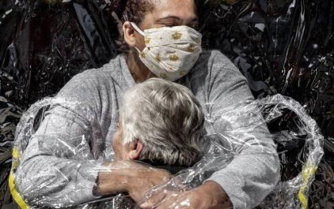 Foto da pandemia no Brasil vence o World Press Photo of the Year 2021